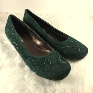 Ecco Perforated Embroidered Green Ballet Flat 38